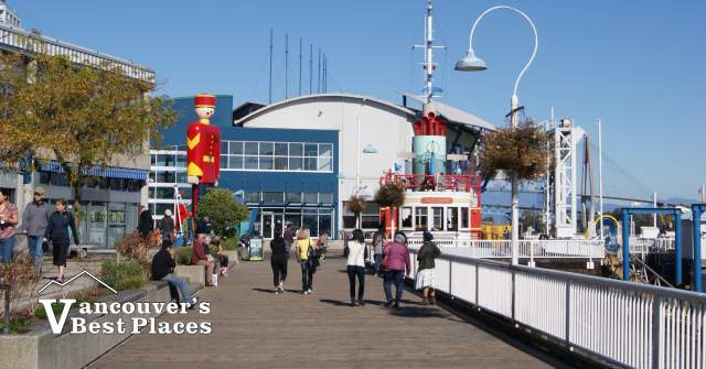 Fraser River Discovery Centre in New Westminster